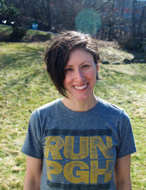 jessica romanias smiling in a Run T Shirt