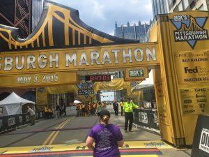 2015-pittsburgh-marathon-finish